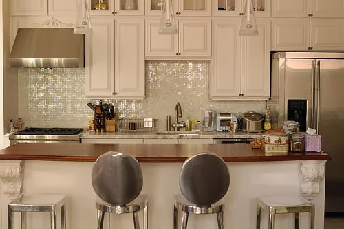 We heart these kitchen stools!!!